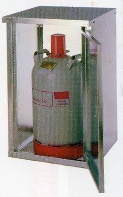 1- Flaschenschrank für 11 kg Flasche (verst. Ausführung)